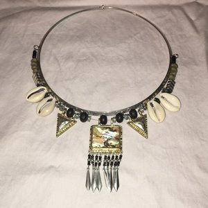 Jewelry - Stone and Shell necklace